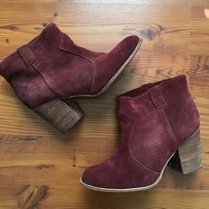 Burgundy pull on ankle boots